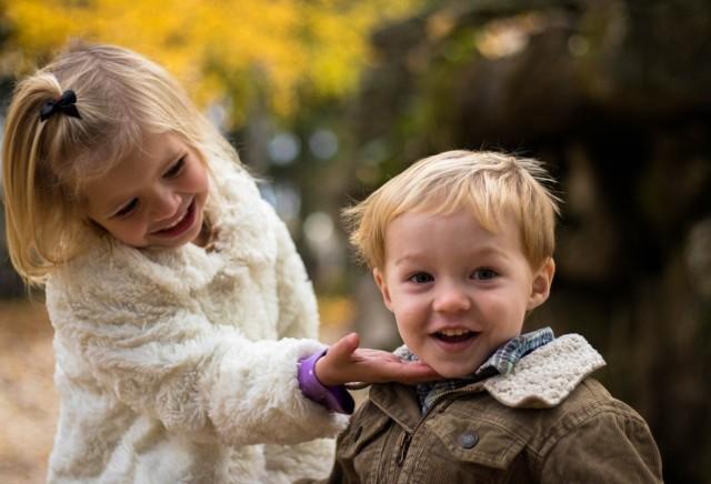 Amerykańscy naukowcy ustalili, że dzieci mogą intensywniej zarażać koronawirusem.