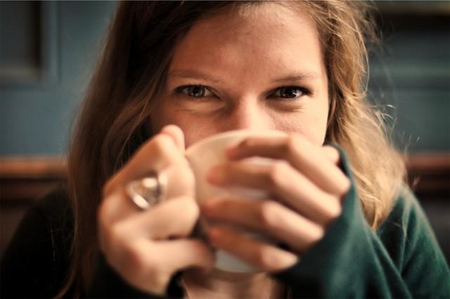 Herbata rozgrzewa. Wybierz zieloną, białą albo czerwoną i ciesz się dobrym zdrowiem!