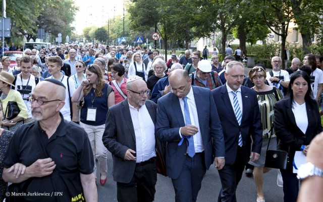 """W Warszawie odbędzie się Marsz Pamięci 22 lipca. Symboliczna trasa """"od śmierci do życia"""""""