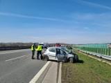Wypadek na A1 w Piekarach Śląskich. Uwaga na utrudnienia w ruchu. Przejazd w kierunku Pyrzowic wyłącznie pasem awaryjnym