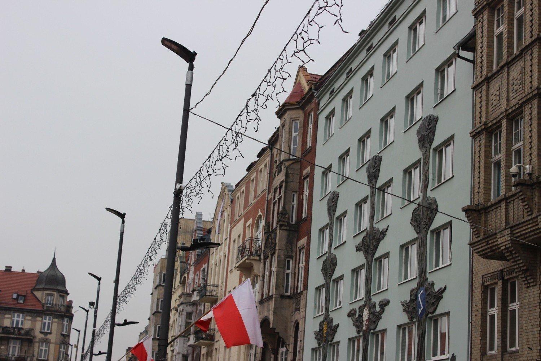 Bez pieniędzy za okna. Firma zniknęła - Polsat News