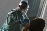 Domowe testy na koronawirusa. Czy będą dostępne także w Polsce? W niemieckich aptekach już są