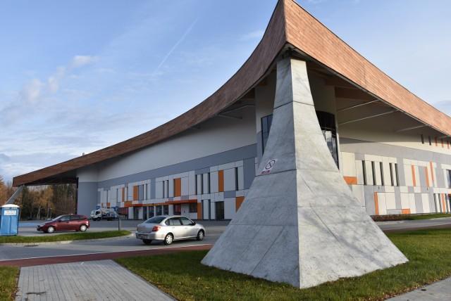 Szpital polowy w Arenie Jaskółka ma być gotowy pod koniec grudnia