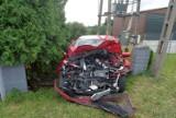 Skoda zderzyła się z ciężarówką w Rozwadzy. Dwie osoby ranne