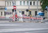 Warszawa. Marszałkowska bez tramwajów. Rusza drugi etap remontu torowiska na pl. Bankowym
