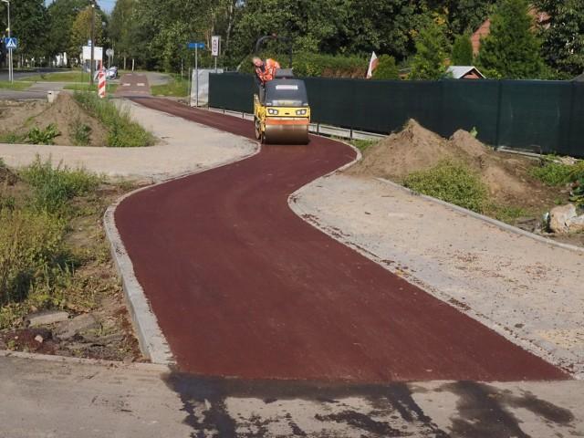 Prawie 7,5 miliona złotych będzie kosztowała budowa kolejnych blisko 3 kilometrów dróg rowerowych w Koszalinie.