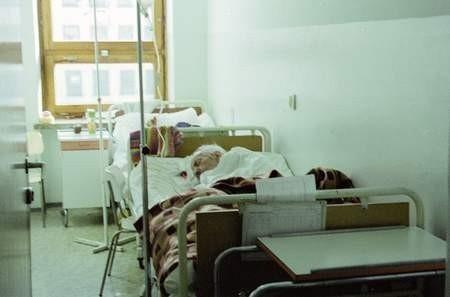 Lekarze przypominają, że lekceważenie grypy może doprowadzić do groźnych powikłań.  /  VIOLETTA GRADEK