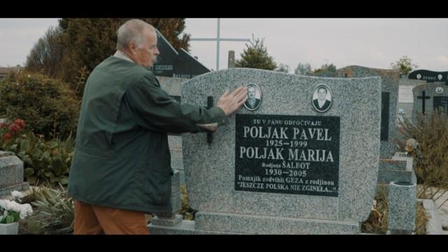"""Film """"Ciągle tu jesteśmy"""" opowiada historię Polaków mieszkających w Serbii, we wsi Ostojićevo."""