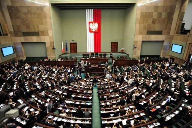 Wybory parlamentarne 2019. Kto wygrał wybory do Sejmu i Senatu. Kiedy poznamy oficjalne wyniki wyborów? 13 10