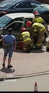 Pijany kierowca na Sobieskiego w Lublińcu uszkodził dwa samochody