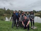 Klub Wędkarski Haczyk ZSP Śrem wybrał się na łowienie pstrągów. Pogoda nie przeszkodziła fanom wędkarstwa w wyłowieniu kilku ryb