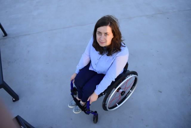 - Pokazuję, że można być niepełnosprawnym i szczęśliwym, spełnionym człowiekiem - mówi Patrycja Potaczek