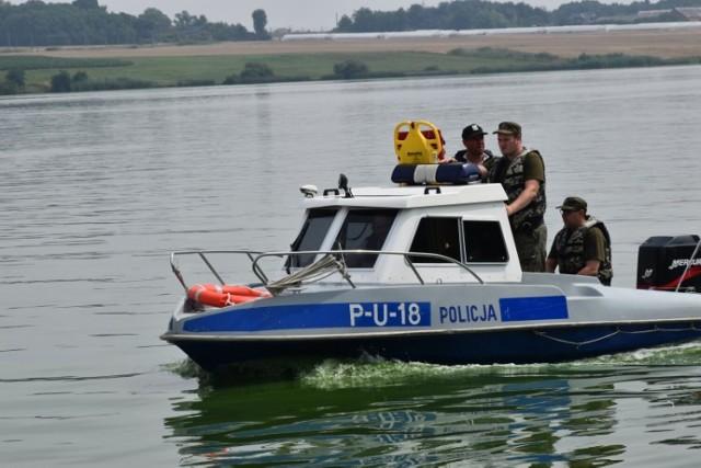 Kaliscy policjanci dbają o nasze bezpieczeństwo nad wodą