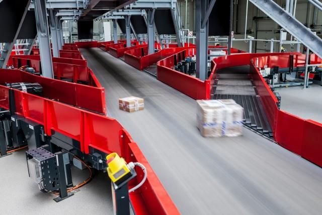 Ekspert zapowiada, że od kwietnia firma  planujemy zapewnić gwarantowaną 15-dniową usługę dostawy wybranych produktów wysyłanych z Chin.