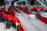 AliExpress rozpycha się na polskim rynku: Paczka z Chin do 15 dniu u odbiorcy. Firma myśli także o swoich urządzeniach do odbioru paczek