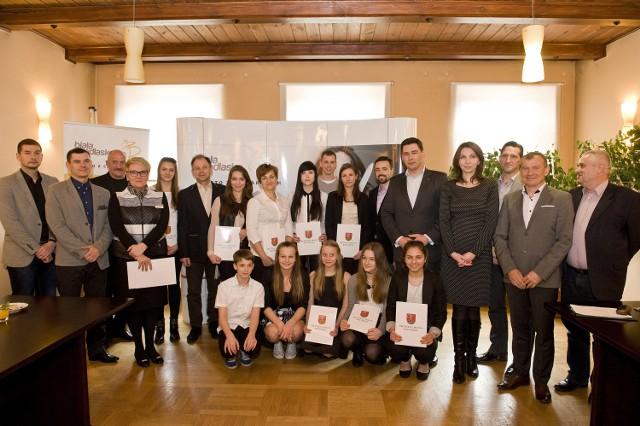 Prezydent Białej Podlaskiej przyznał sportowcom stypendia