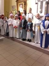 Radosna procesja świętych w kościele MB Częstochowskiej