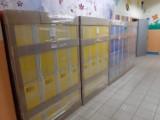 Nowe szkolne szafki dla uczniów kolejnych szkół