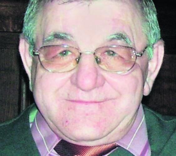 Stanisław Radko ma 61 lat, 157 cm wzrostu i niebieskie oczy