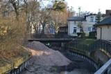 Tak wyglądał remont Kanału Raduni w Pruszczu. Po nim, centrum miasta wypiękniało |ZDJĘCIA