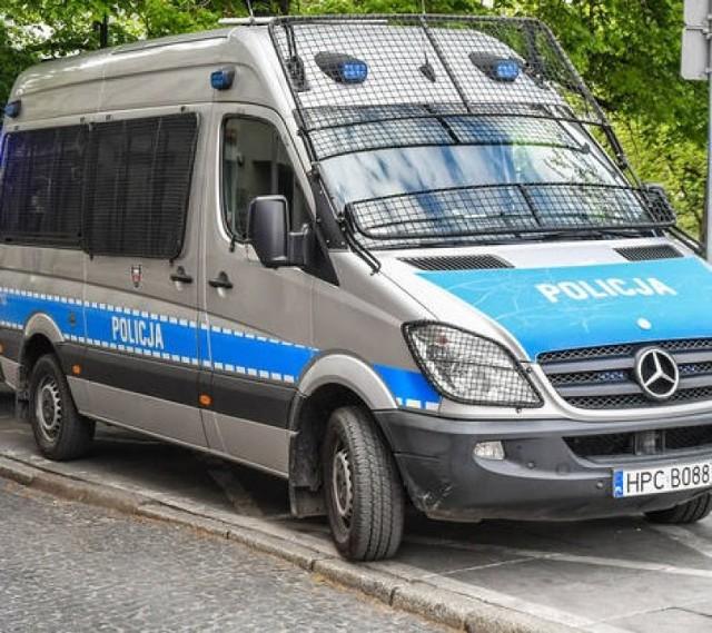 Policjanci szybko namierzyli złodzieja, który ukradł paliwo o wartości ponad 1 tys. zł