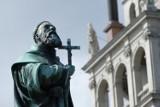 10 najbardziej świętych miejsc w Polsce. Tu przyjeżdżają pielgrzymi z kraju i ze świata