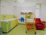 Zabrze: Oddziały dziecięce w Szpitalu Klinicznym nr 1 już po remoncie. Są nowe łóżka, sprzęt i większy blok operacyjny. Wyglądają jak nowe