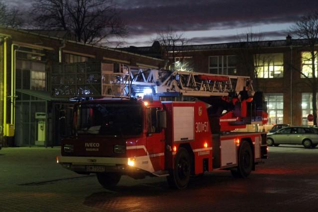 Strażacy walczyli z ogniem sześć godzin