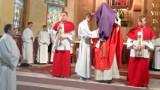 Wielkanoc 2015. Wielki Piątek w kościele Matki Boskiej Częstochowskiej w Pleszewie