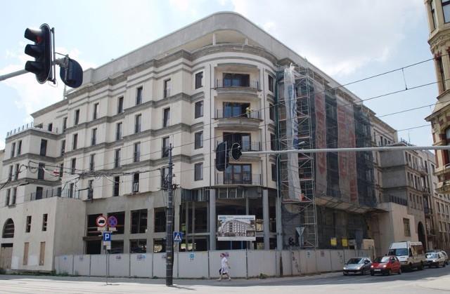 Hotel u zbiegu ul. Piotrkowskiej i ul. Radwańskiej ma być oddany do użytku w tym roku.