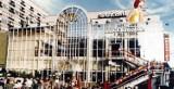 Tak wyglądało otwarcie pierwszej restauracji McDonald's w Polsce! [ZDJĘCIA]