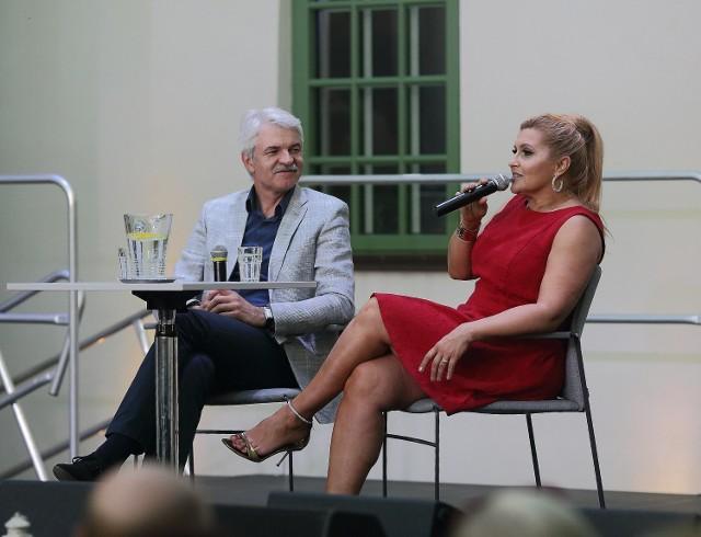 """Katarzyna Skrzynecka wzięła udział w """"Podwieczorku z gwiazdą"""" w CIkD w Piotrkowie"""