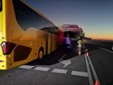 Gmina Pniewy. Poranne zderzenia tira z autobusem. Kilkanaście osób poszkodowanych! [ZDJĘCIA][NOWE INFORMACJE]