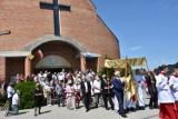 Chełm. Procesje odbyły się wokół kościołów. Zobaczcie jak wyglądała procesja  w kościele pw. Świętej Rodziny