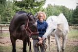 Zbieraj makulaturę i oddaj  ją ekologom, bo przecież koni żal
