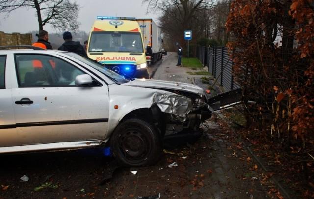 Dwa samochody osobowe zderzyły się w sobotę (7 marca) w Bruskowie Wielkim. Kierowcy byli trzeźwi i nie odnieśli żadnych obrażeń.