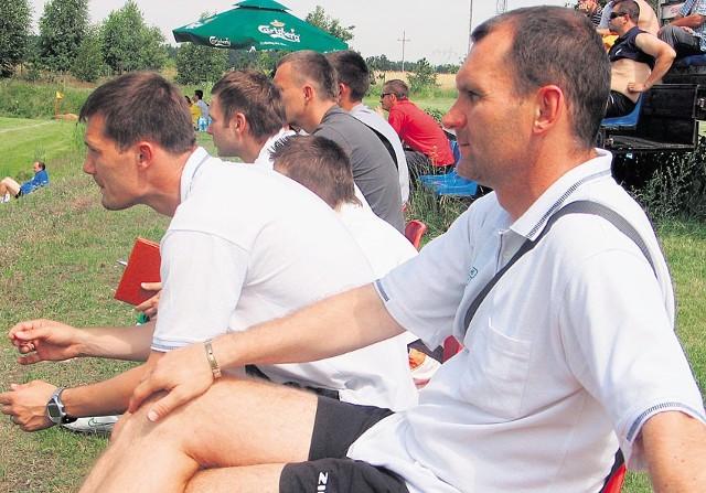 Robert Wilk (z prawej) przejął zespół od Piotra Stacha i musi szybko zbudować nowy team