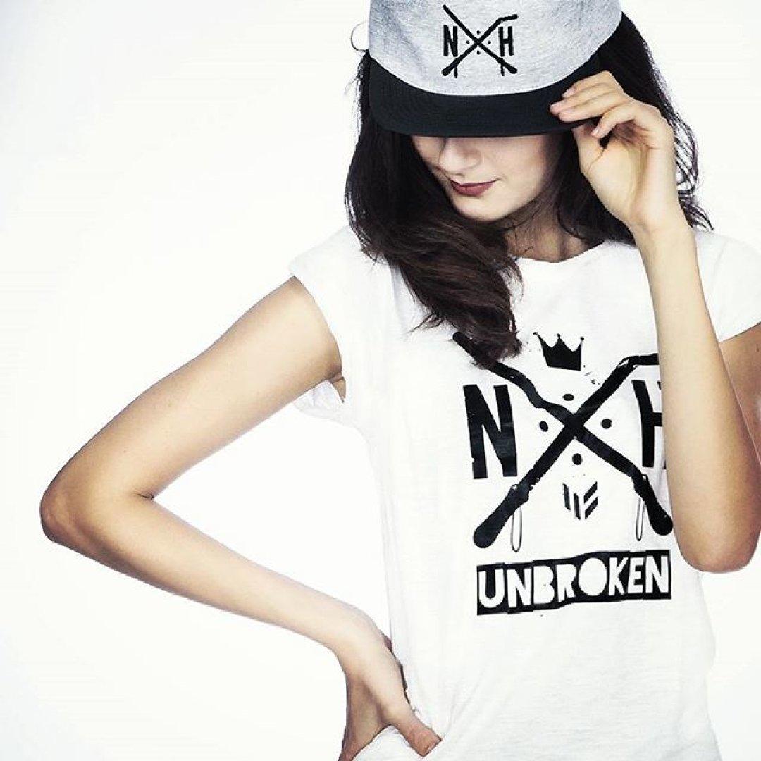 83d27dfbd244 Jesteś z Nowej Huty  Oto coś dla Ciebie! Unikatowe ubrania made in NH!   ZDJĘCIA