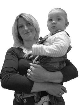 (  Narodziny syna nasunęły nam pomysł na własną firmę – mówi Małgorzata Kowalczyk.  FOT. BERNARD £ÊTOWSKI