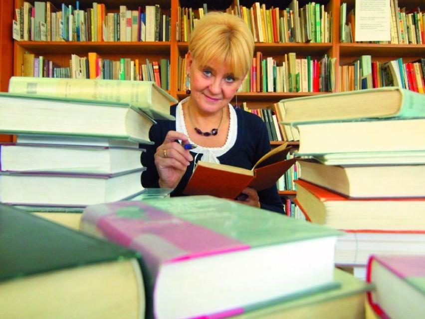 Jolanta Niwińska wśród książek