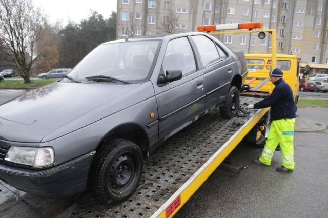 Ok. 75 proc. samochodów w Polsce ma więcej niż 10 lat, połowa z nich więcej niż 20 lat.