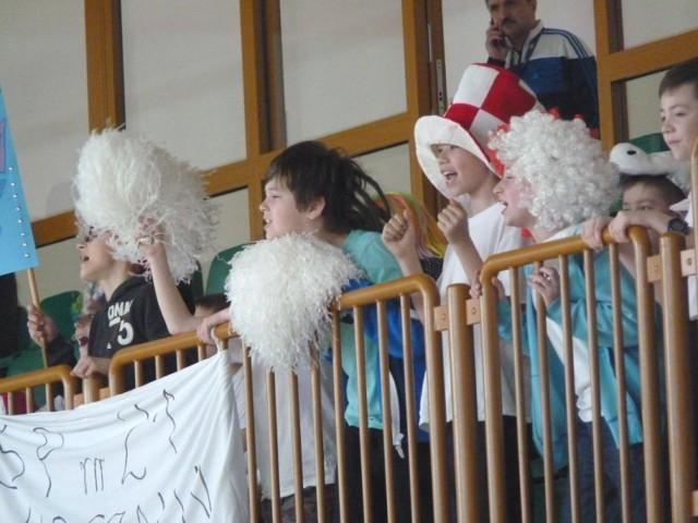 W Gimnazjum nr 6 odbyła się impreza pn. Biegiem przez Koszalin. W zmaganiach wzięły udział trzy reprezentacje szkół podstawowych z naszego miasta