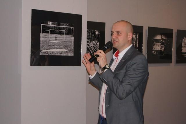 Marcin Kwarta z Radomska odznaczony złotym medalem za fotograficzną twórczość