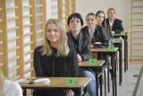 Matura 2021 w II LO w Głogowie. Tak podchodzili do egzaminu maturzyści z II Liceum Ogólnokształcącego. ZDJĘCIA