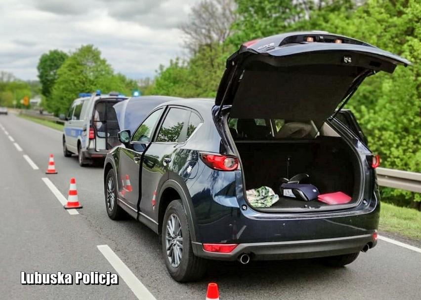 Dzięki dobrej współpracy policjanci zablokowali kierowcy...