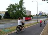 Poznań: Wyremontowano trasę dla rowerzystów i pieszych na ul. Witosa