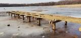 Na jeziorze Goszcza powstaje nowy pomost