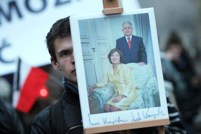 Ponad 200 osób wzięło udział w Marszu Pamięci, który w sobotę, ...