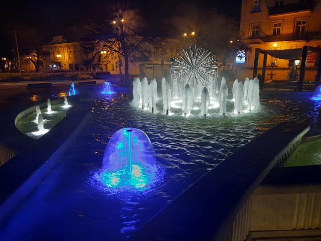 """Fontanna """"Noce i Dnie"""" w Kaliszu"""