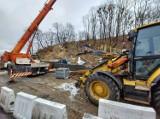 Mimo zimy rozbudowa ul. Kujawskiej w Bydgoszczy trwa [najnowsze zdjęcia z placu budowy]
